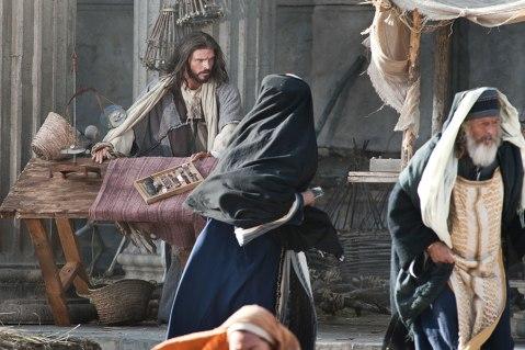 35_jesus-cleanses-the-temple_900x600_72dpi_1
